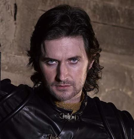 "Richard Armitage, Guy of Gisborne : The only man who can wear ""Guyliner"" and still look thoroughly masculine!"