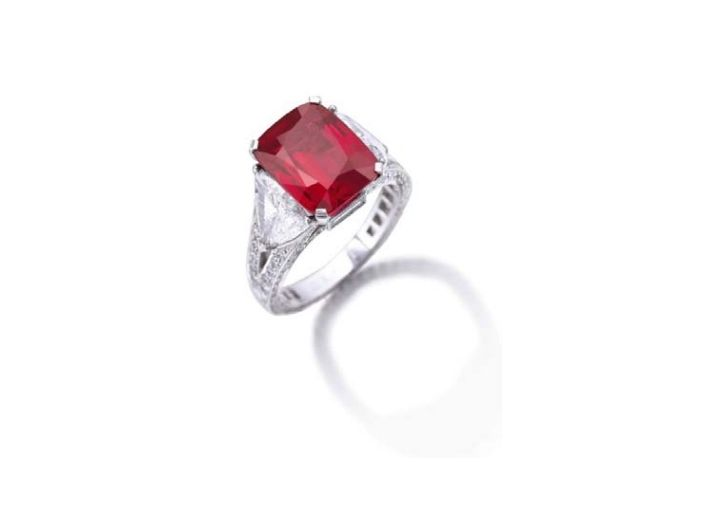 "The exceptionally important and exquisite ""Graff Ruby"", weighing 8.62 carats."
