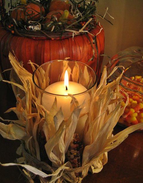 fall wedding, natural corn husks