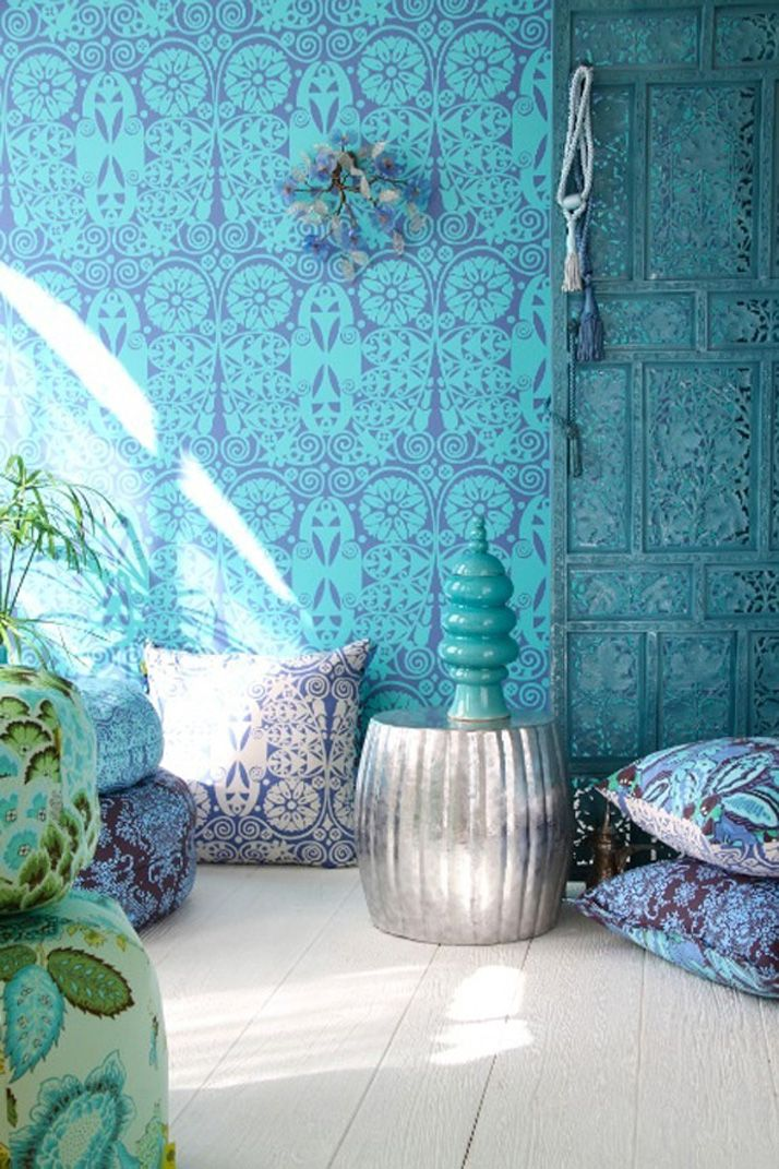 Nice wallpaper too, if it doesn't make the room too dark