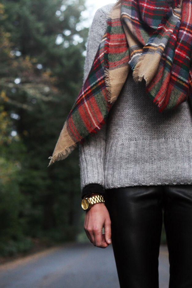 big plaid + sweater + leggings from @ashleighloveslularoe IG