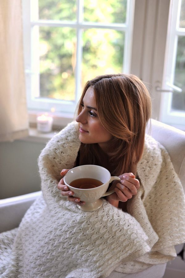 Sunday afternoon, curled up with tea/coffee and a blanket...good things about fall and winter