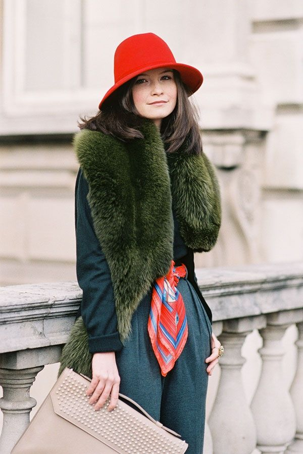 serious fall outfit inspiration // Susanah Erskine by Vanessa Jackman #red #olive