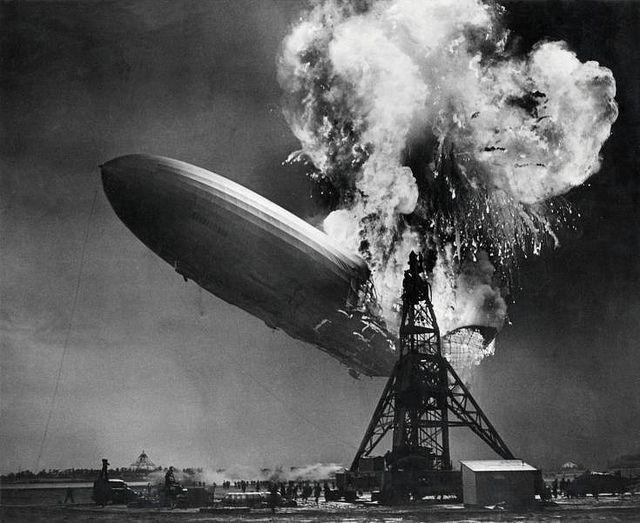 Zeppelin asploding