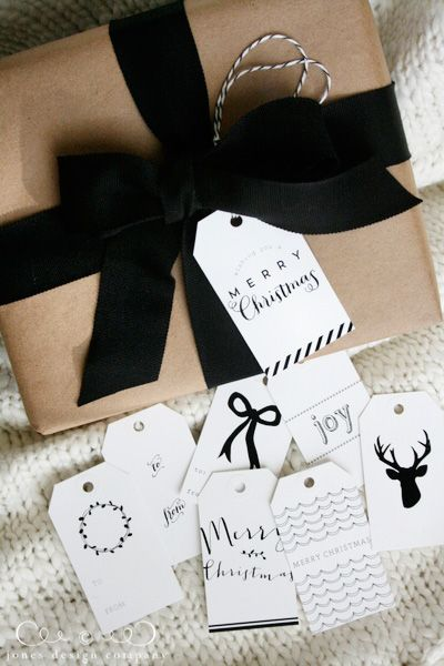 make your gift wrapping lovely with woodland christmas tags gift wrap guide | jones design company #gift #wrapping