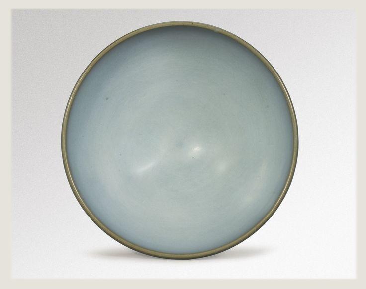 A fine 'Sky Blue'  'Jun' bowl, Song-Jin Dynasty