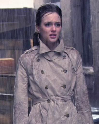 1x14 Blair as Holly is just delicious.    Burberry trench.