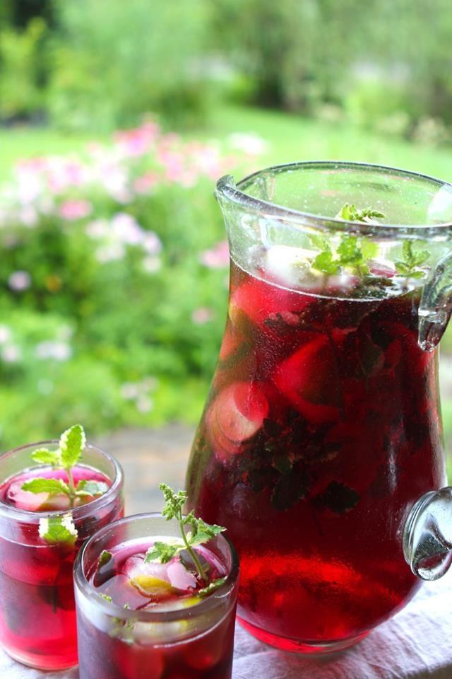 Hibiscus tea (rosa de jamaica)
