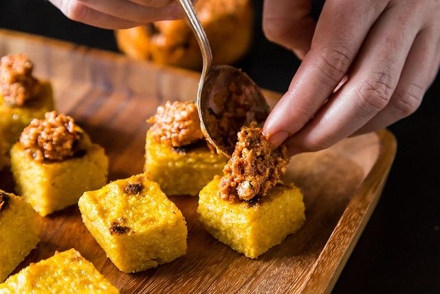 Bite-sized polenta squares to feed a crowd, plus 6 more ideas for vegan-friendly party food.