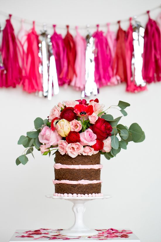 12 Favorite Naked Cakes