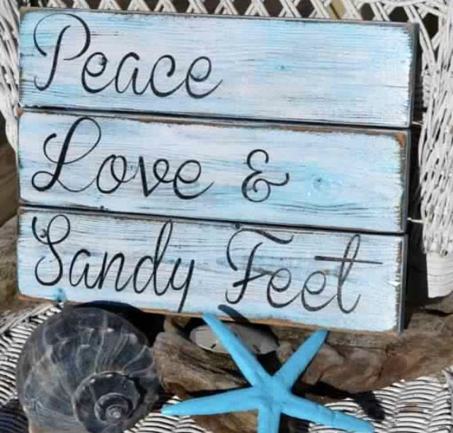 Peace, love & sandy feet. #thefloridalife #beachquotes