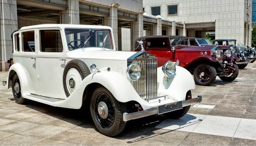 August: Heritage models illuminate the Concours d'Elegance Japan 2013, held in Yokohama.