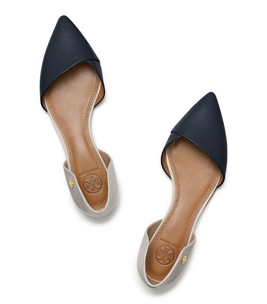 Flats are a bit more comfortable than heels, but can still dress up your outfit. The pointed toe is very professional.
