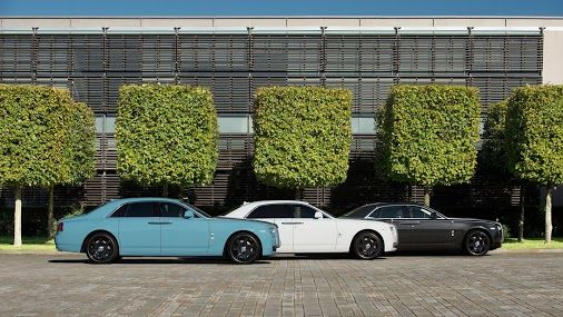 October: Highlighted at the Home of Rolls-Royce, the Ghost Alpine Trial Centenary Collection shows its range of colours.