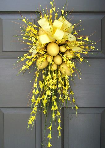 Spring is sprung deborahwoodmurphy Spring flower arrangements for front door
