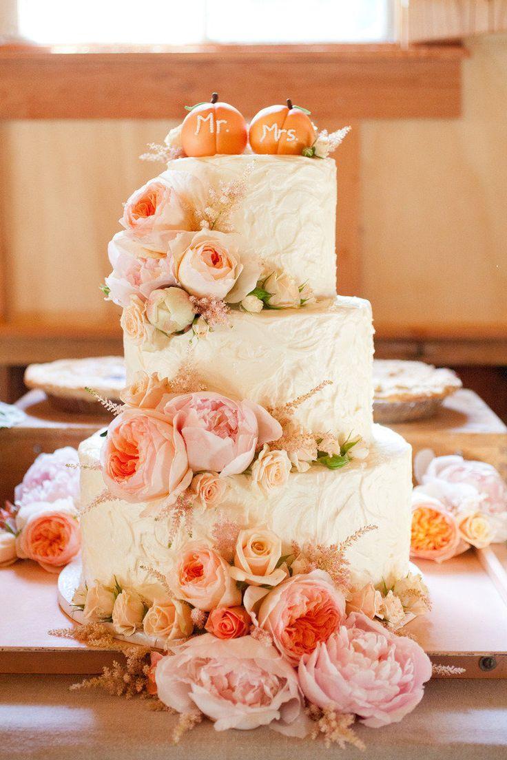 Wedding Cake Mr & Mrs Pumpkins