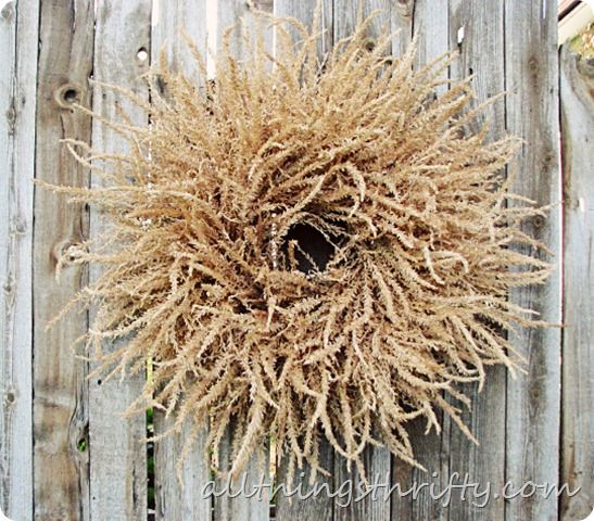 this might be the winner for fall wreaths...love it.