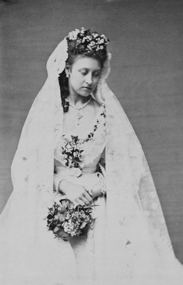 Princess Louise (1848-1939) in her wedding dress | Royal Collection Trust
