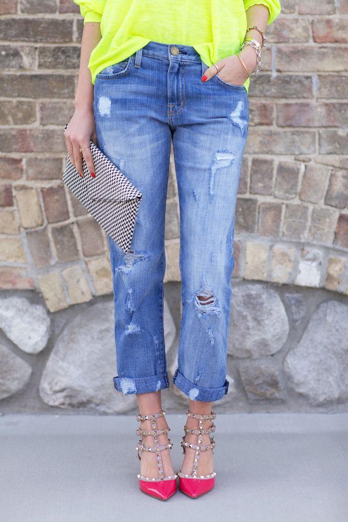 Distressed boyfriend jeans x pink valentinos...