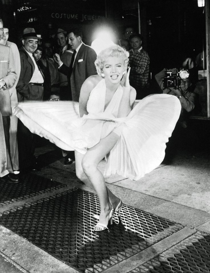 Iconic image of Marilyn from The Seven Year Itch....classic!