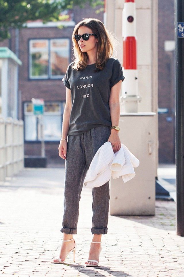 Olive tee, Spijkers En Spijkers pants, Zara sandals