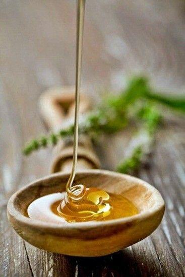 Bienfaits de la poudre de miel  - Hydrate, cicatrise et régénère la peau - Adoucit et apaise - Possède des propriétés antiseptiques et antibactériennes - Favorise la guérison de la peau