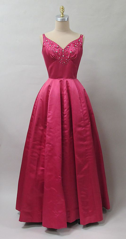 Charles James Evening Dress, 1953-54.  Lovely!.