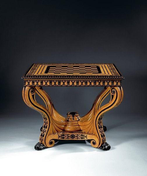 Une Table à jeux à mécanismes, attribuée à George Bullock