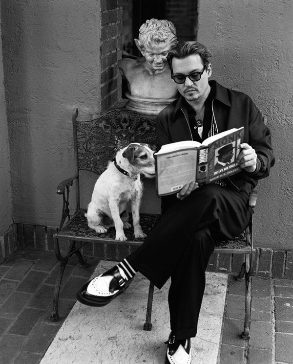 Celebramos el cumpleaños número 51 de Johnny Depp, uno de los mejores actores de Hollywood famoso por su capacidad camaleónica en cada una de sus películas. http://www.linio.com.mx/libros-y-musica/cine/