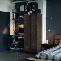 お宅拝見:プロにデザインしてもらったインダストリアルな男子部屋。