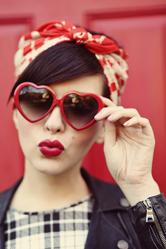 Heart Shaped Sunglasses:: Vintage Fashion:: Pin Up Girl Style:: Retro Sunglasses:: Vintage Style