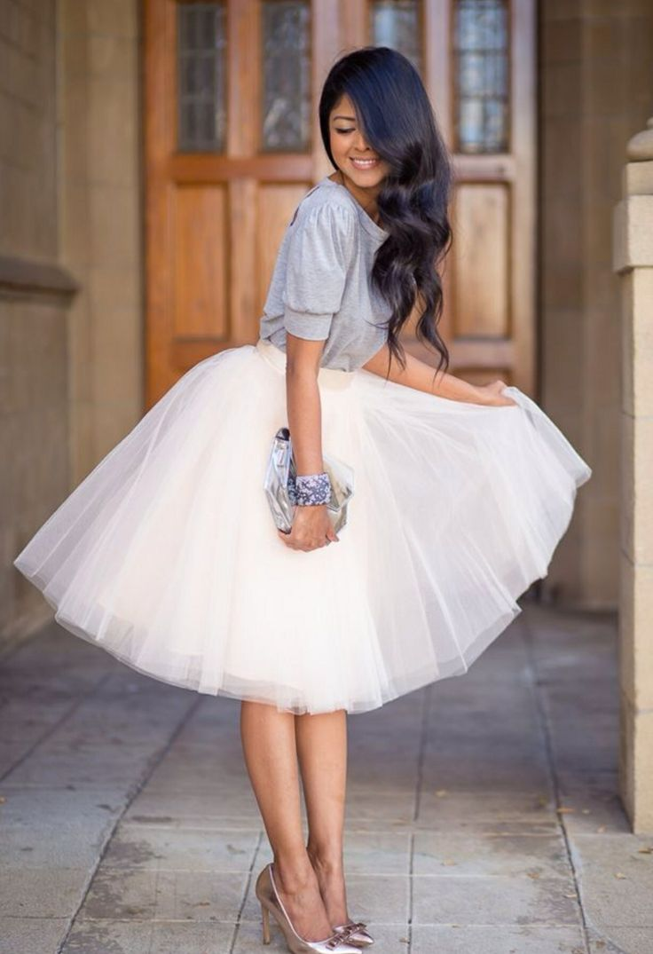 I am becoming obsessed with tulle skirts.