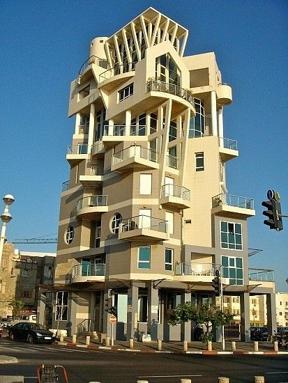 Appartment building near Tayelet, Tel Aviv, Israël