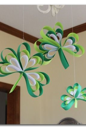 best sport shoe Paper Strip Shamrocks