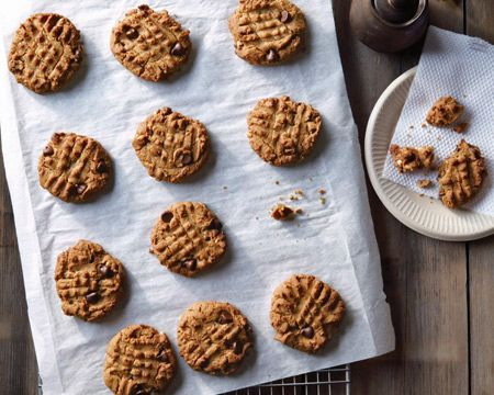 Teff Peanut Butter Chocolate Chip Cookies Recipe (Photo courtesy of Gentl & Hyers)