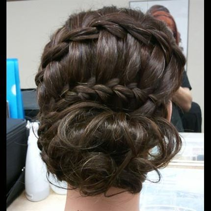 a BTC winner! such an amazing updo!