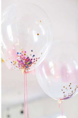 Confetti ভরা Balloons - এক ফেবারে আরও পড়ুন: http://onefabday.com/wedding-balloon-ideas/