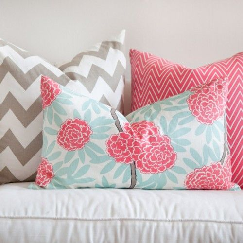 Such a lovely color and pattern combination!
