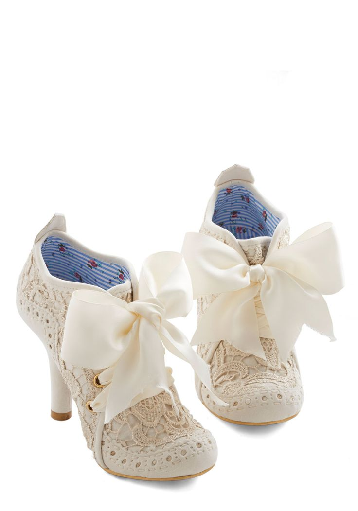 Strut You Wanted Heel in Ivory. That commanding strut in your step today is attributed to these ivory heels by Irregular Choice! #cream #wedding #bride #modcloth