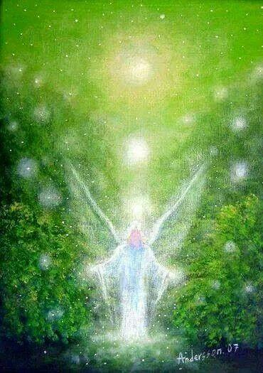 Presencia angelical  Luz Verde Esmeralda
