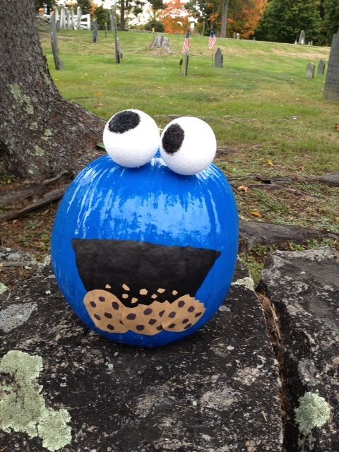 Cookie Monster pumpkin - no carving necessary!