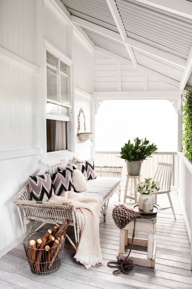 welcoming front porch - The Cozy Home of the Stylist Kara Rosenlund | 79 Ideas