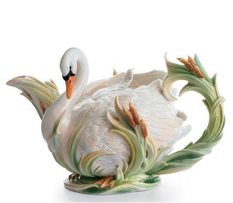 Southern Splendor Swan Teapot