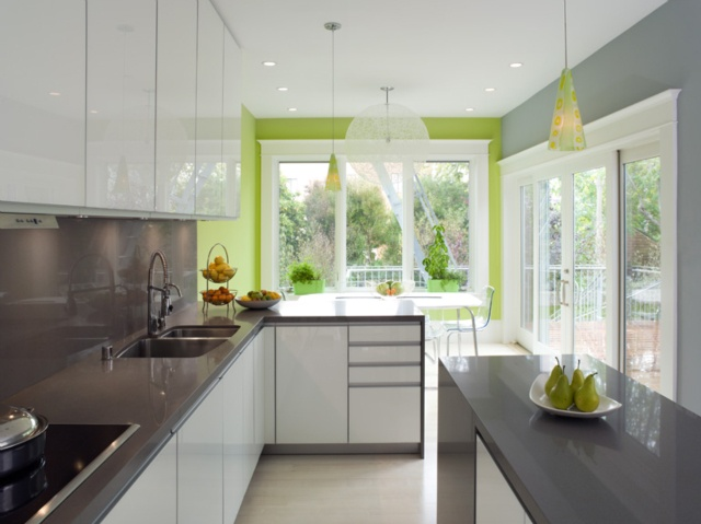 Bright Green Accent Wall - Kitchen