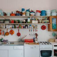 お宅拝見:ベルリンのインテリアデザイナさんの手作りっぽい部屋