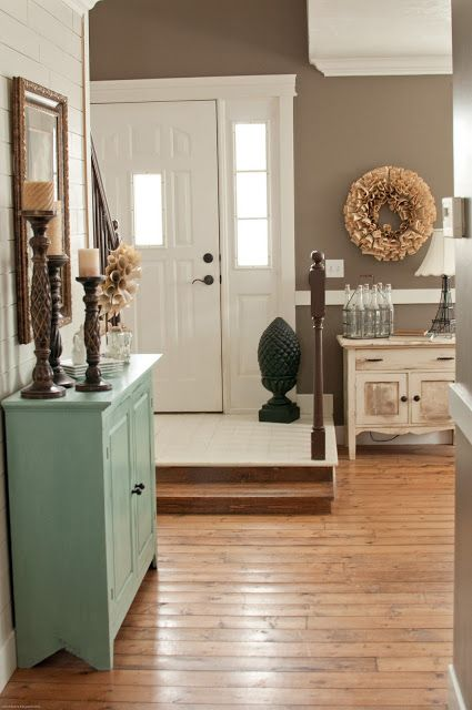 Entryway and living room paint color