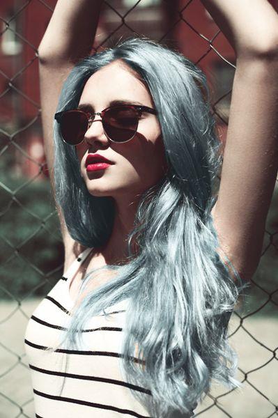 Light mint hair