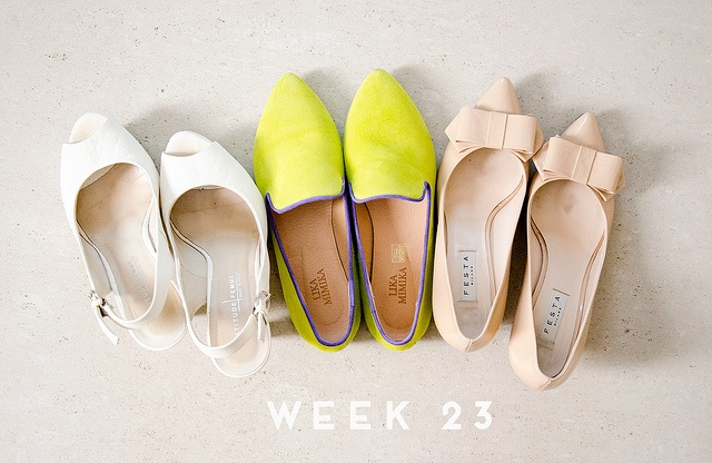 sisterMAG Series: Toni and Thea's week. Week23 on the blog today with many shoes