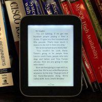 Praktické výhody papierových kníh, o ktorých sa e-knihám môže iba snívať