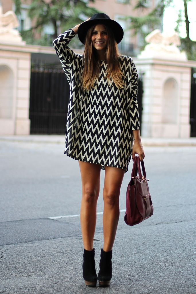 Street Style- I really like the casual oversized jumper with the heels look Fashion/ Style / boho